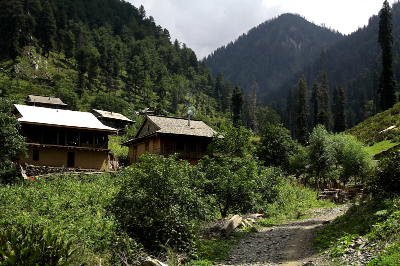 Chananian-Leepa-Valley-ajk-tourism, tour-operators-in-AJK