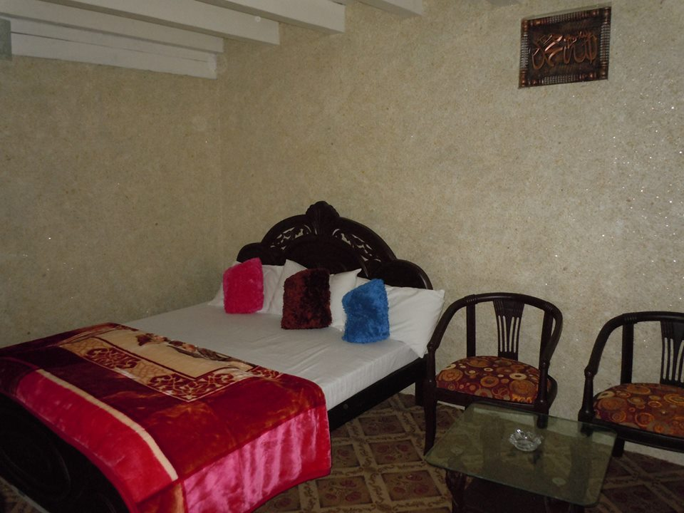 PC-Perfect-continental-Resort-Danger-Keran_Neelum-Valley-_rooms0