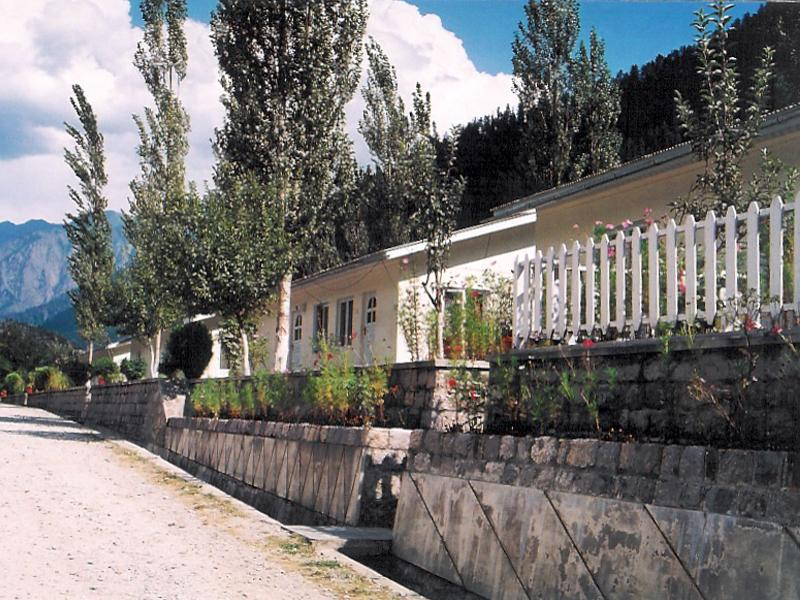 coloney_Jagran_Kutton_Resort_Exterior_Neelum_Valley2