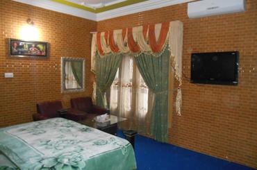 kashmir lodges guest house muzaffarabad