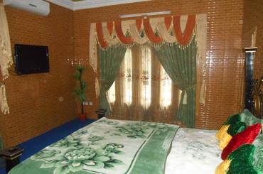 Kashmir Lodges Hotel