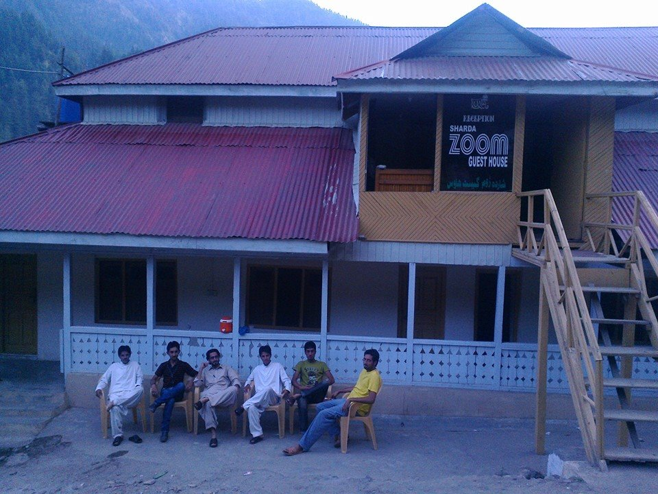 zoom-guest-house-sharda-exterior