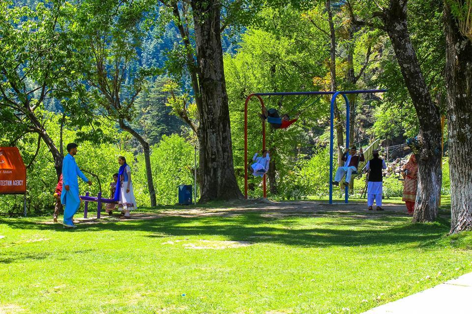 PTDC-Tourists-Lodges-Keran-Tourism-Garden-Guest-House