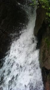 waterfall-in-patikka-neelum-valley-muzaffarabad-ajk-azad-kashmir