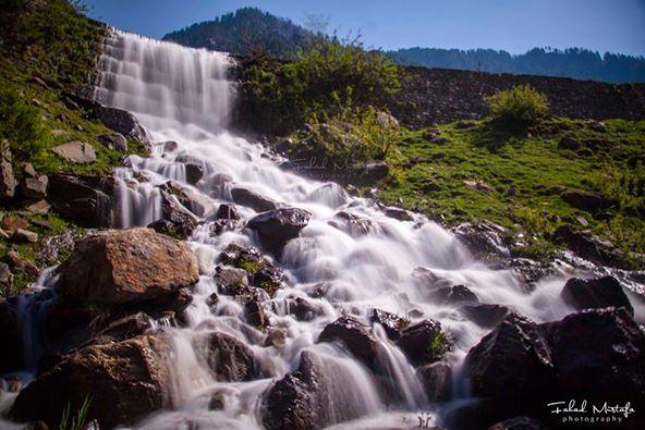 kel_kail-seri-Neelum-valley-Waterfall