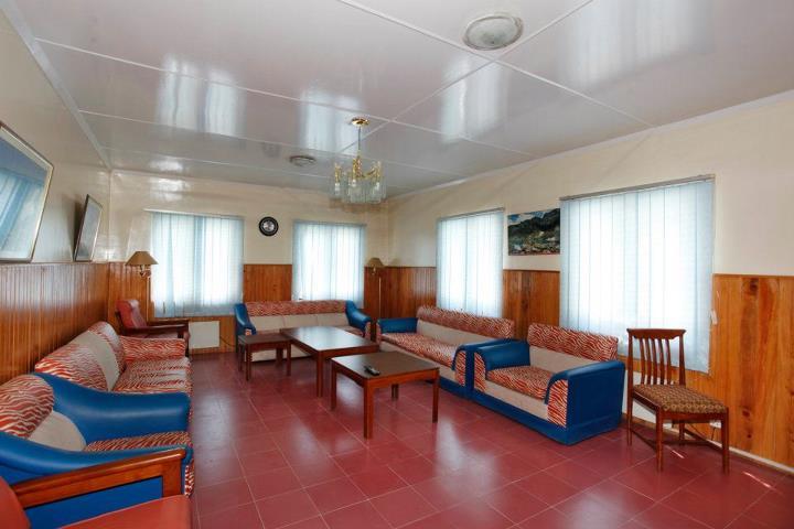 waiting_Room_Jagran_Kutton_Resort_Exterior_Neelum_Valley2