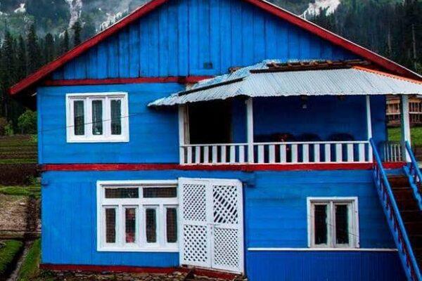 Musk-Deer-Resort-Arrang-Kel-Neelum-Valley-Azad-kashmir-exterior-view