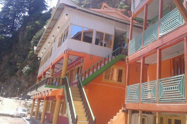 Neelum-star-guest-house-Sharda-Exterior-View