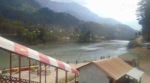 neelum-star-river-guest-house-