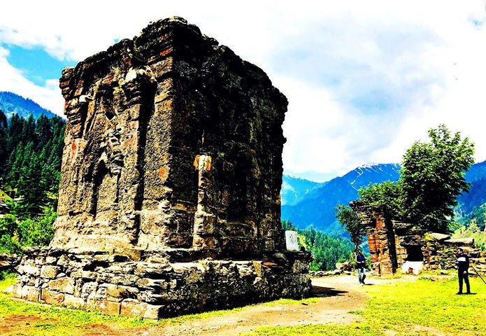Places-to-visit-in-Neelum_Valley