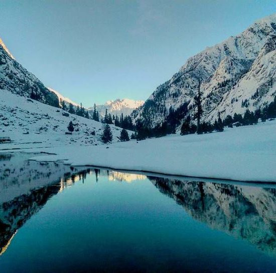 mahodand-Lake-Swat-in-winters