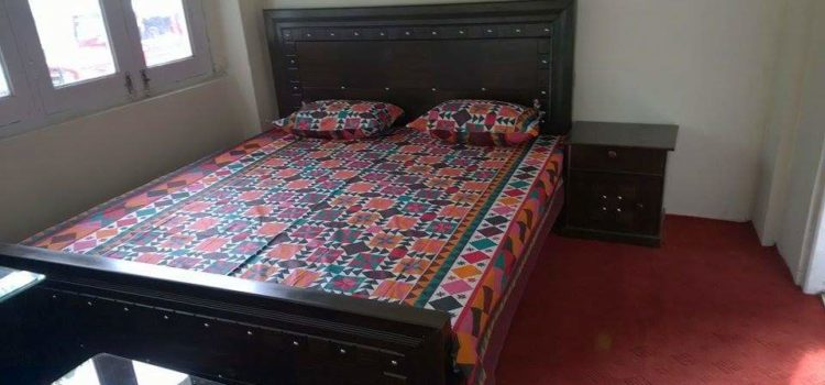 1452592465_Kashmir-Lodges-Sharda-hotel-Neelum-Valley