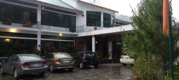 1473932011_Greens-Hotel-kalam-Exterior-1