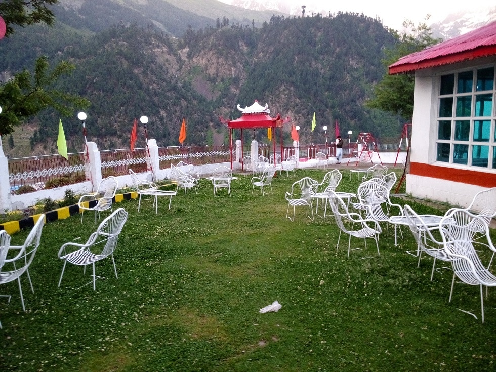 Golden-Star-Hotel-Kalam-garden-1