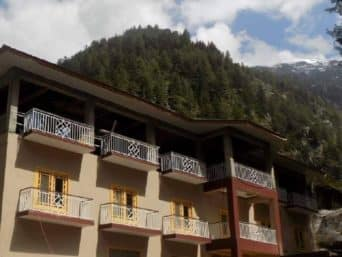 1559112759_Shangrila-Sharda-Resort-Neelum-Valley