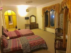 AL-KHALEEJ-FAMILY-ROOM-3-BEDS-02-300x225