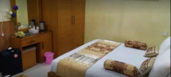 Burj Al Swat Room