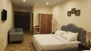 Deluxe master Bed Demanchi Balakot