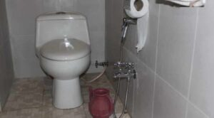 Greens-Hotel-kalam-booking-online-bath-room