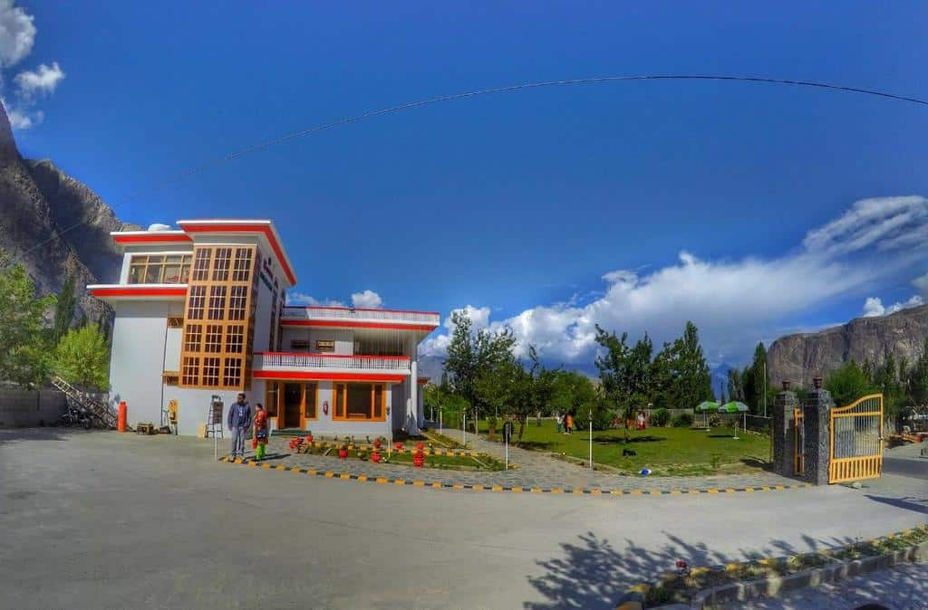 Hotel Himalaya Skardu featured