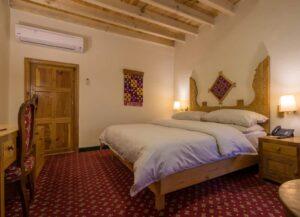 Hunza Serena Inn Room