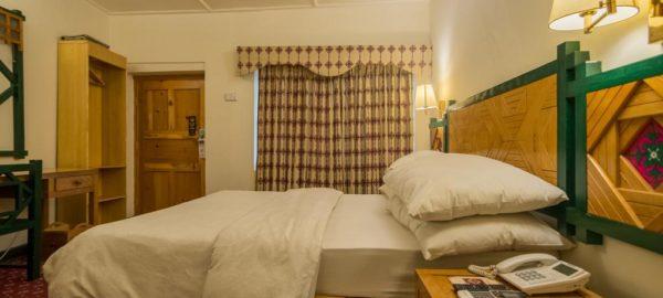 Hunza Serena Inn Room3
