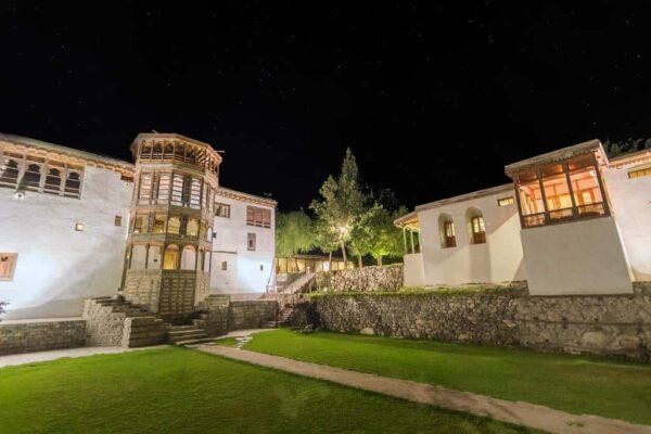 Serena Khaplu Palace featured2
