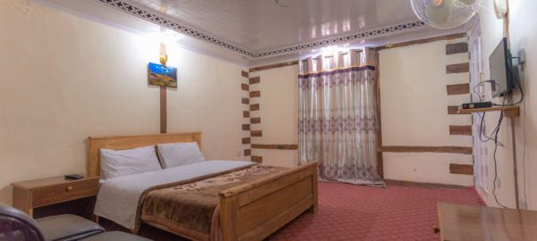 Space Hotel Shigar deluxe room
